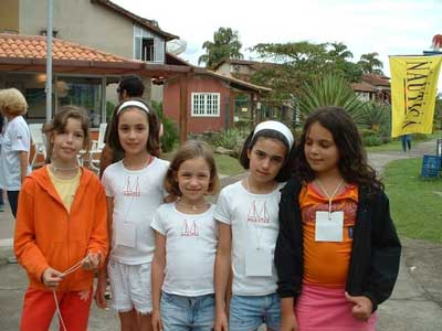 Talita, Laura, Marina, Tamara e Huandra