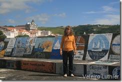 Muro na marina de Horta